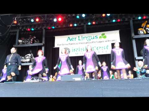 Glencastle Irish Dancers at Milwaukee Irish Fest