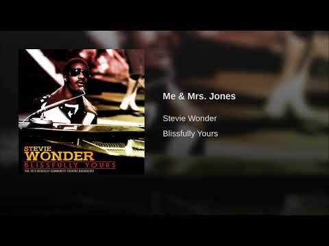 Me & Mrs. Jones Mp3