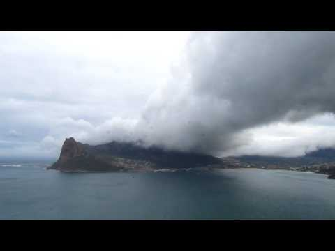 MVI 1510   Wolkenband over Hout Bay