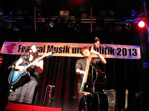 Wen's sowär  Caro, Kister Kontrabass, Wabe Berlin, Festival Musik und Politik 2013
