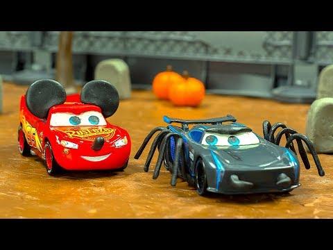 RACE CARS Halloween 👻 w/ Jackson Storm Lightning McQueen Tow Mater Zombies & a Pumpkin Disney Pixar