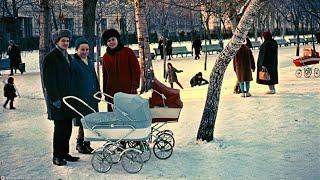 Москва зима и Новый год 1982 г Так в прошлом жили и отдыхали люди По их мнению зима лучшее время