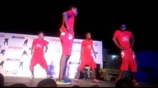 Video Shatta Wale - Taking Over Dance On Stage By @Star Boiz GH download MP3, 3GP, MP4, WEBM, AVI, FLV November 2018