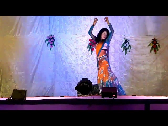 Sobha amazing Dance on Bijuriya song | Superhit Bollywood performance in lahanga chunrai