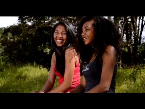 R2FAN   Tantara fahiny clip officiel by mnat
