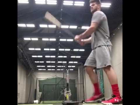Bryce Harper's warm up routine. Look at how fast his hands are to the ball.