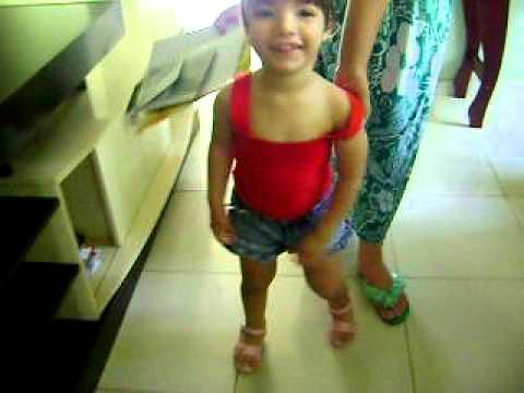 Júlia, 2 Anos E 6 Meses -  Síndrome Cri Du Chat