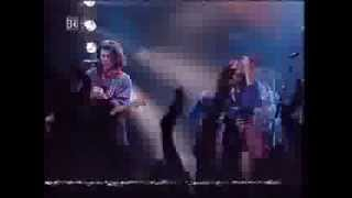 HOOTERS - Johnny B - concert live in germany 1993 their best and one and only good performance