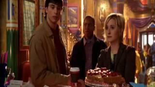 Smallville - На Вечеринке / Хлоя, Лана, Кларк