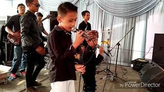 Gambar cover Kapalang nyaah duet artis cilik Ariel SKB Feat RAden luar biasa mantap Live show