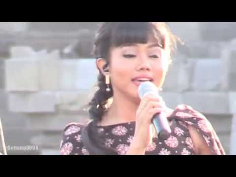 Yura - Kataji @ Prambanan Jazz 2016 [HD]