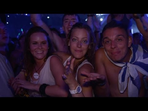 Dimitri Vegas & Like Mike - Wonderwall (Oasis) vs. Feedback @ Tomorrowland 2013
