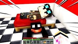 NON GUARDARE SOTTO AL TUO LETTO!!! - Scuola di Minecraft #38