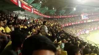Mexican Wave at the Jawahar Lal Nehru Stadium (KOCHI)