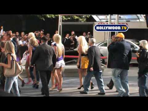 Hugh Hefner And The Twins Go To The Lakers Game