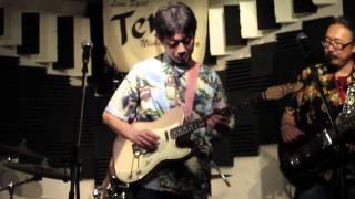 """""""All Blues"""" Larry Carlton Liveバージョン 西荻窪のライブハウス「Terra」で行われたらライブ映像です。 一般人のラットとだいさが、音楽業界の方々を同じステージにたつ ..."""