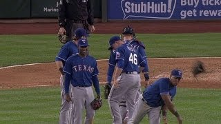 Andrus messes with Beltre between innings