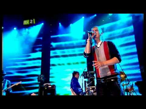 Kid British   Our House    iTunes Festival 2009 2 1
