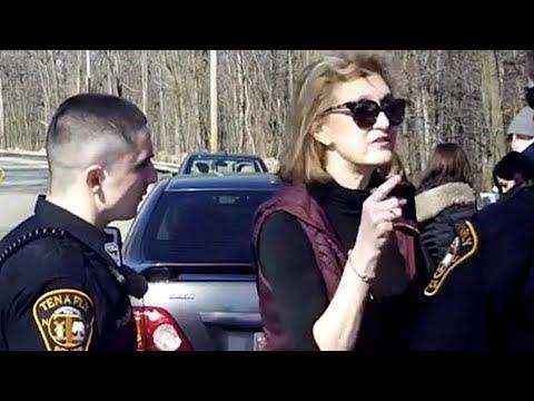 SOCCER MOM GOES INSANE ON COPS...