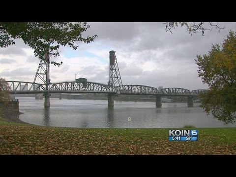 Age, weather caused Hawthorne Bridge malfunction