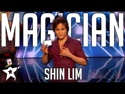 CRAZY MAGIC! Card Magician SHOCKS Tyra Banks on Stage! | America's Got Talent | Magicians Got Talent
