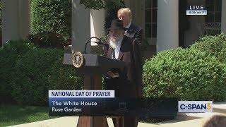 Rabbi Yisroel Goldstein at White House National Day of Prayer (C-SPAN)