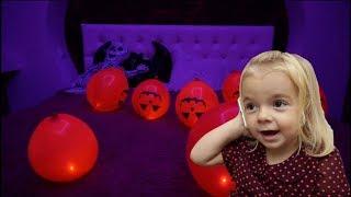 Anabella a ramas singura acasa | Ce surpriza pregateste | Halloween-ul | Anabella Show