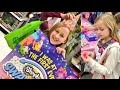 LITTLE GIRL TO SHY TO TRADE AT TOYSRUS SHOPKINS SWAPKINS SEASON 7 PARTY!