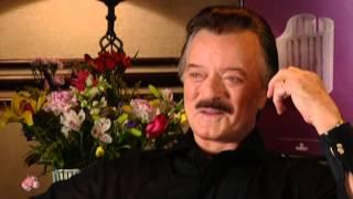 Robert Goulet - Robert Goulet Interview - 8/12/2000 - Newport Jazz Festival (Official)