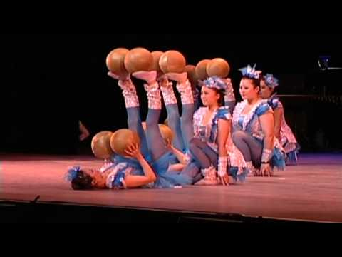 NATIONAL CHINESE ACROBATS