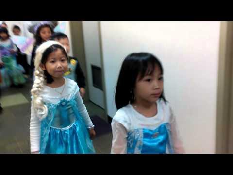 O.B Whaley school kindergarten Halloween xD