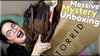 MASSIVE TORRID CLOTHING UNBOXING | Fangirl Clothes!!