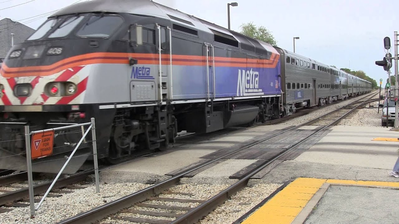 hidef metra (rock island district) evening commuter trains at mokena