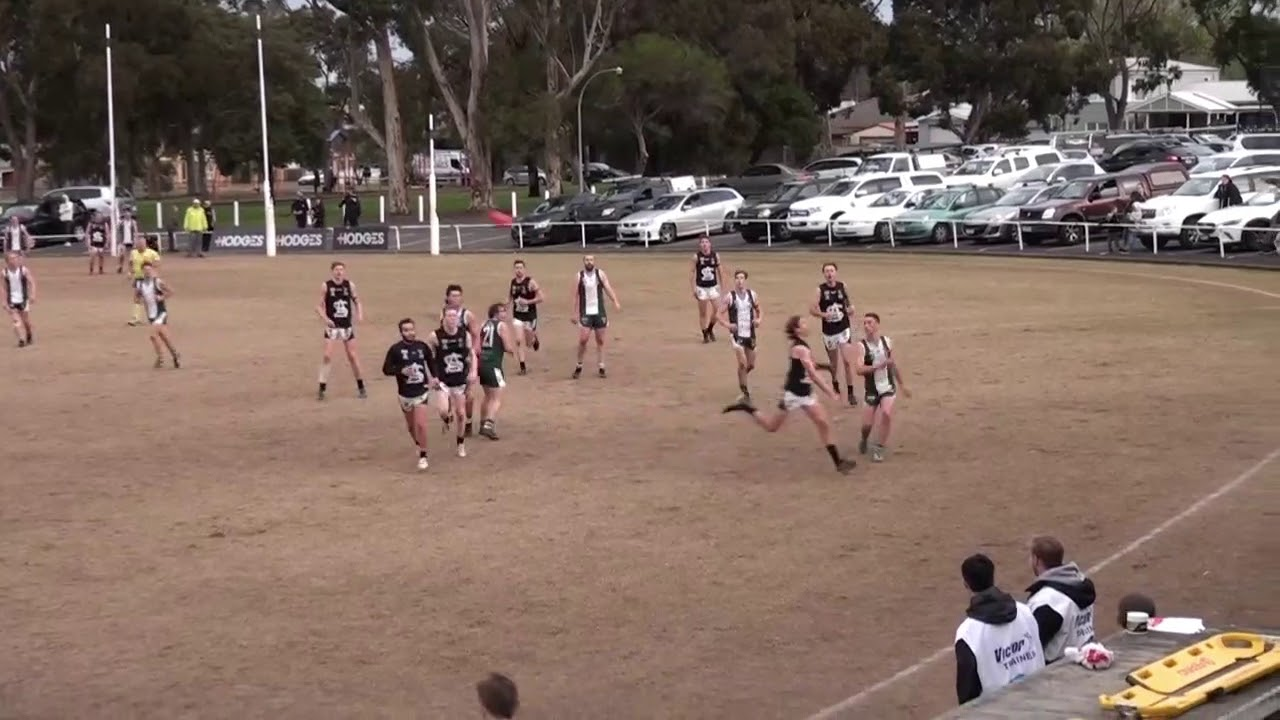 Rd 15 - Bell Park vs St Albans Throw Ins