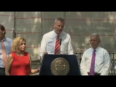 Mayor de Blasio Announces Start of $87 Million Queensbridge Housing Roof Replacement