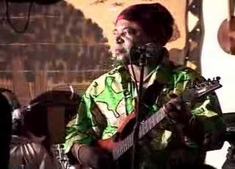 L'Infidelité Mado, a Congolese music classic!  Malage & Jonal sing, Shiko Mawatu solo guitar. OMG!