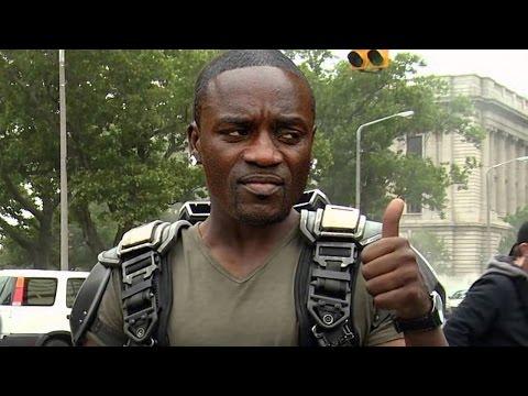 Bill Burr - Akon Throws Fan Off Stage
