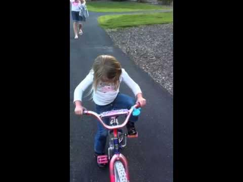 Year Old Teaching Kids How To Ride Bike Without Training Wheels