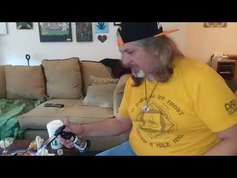 San Fernando valley kush rosin by nectar stick dawggie dogg dab review at uncle stoners