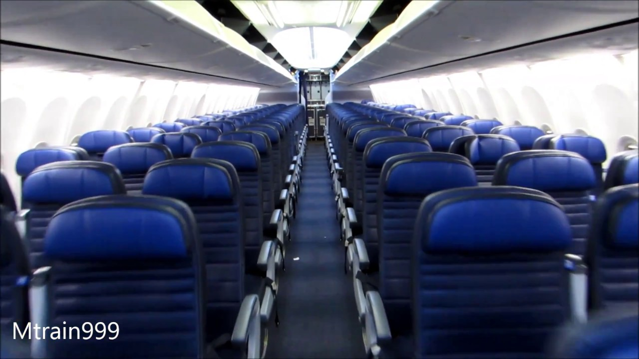 United 737 900 Cabin Tour V3 Youtube