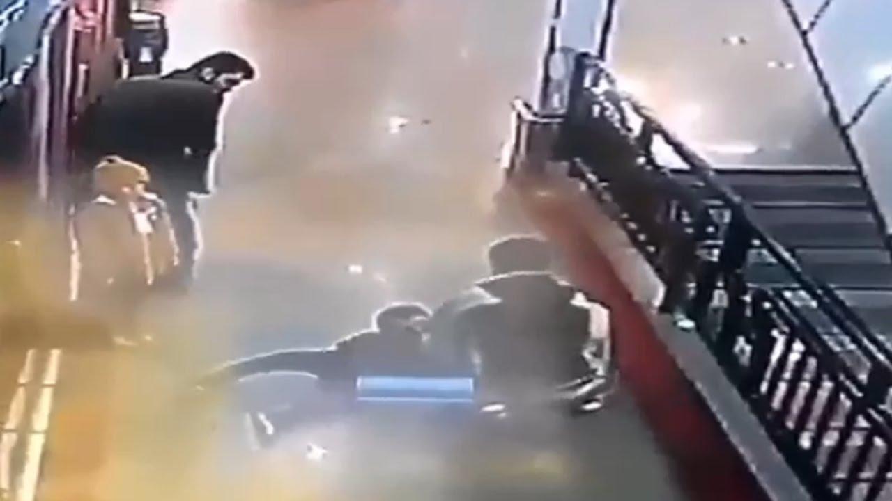 Liveleak Image: Hero Man Saved Kids Life