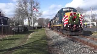 HD: Jingle Bells - Leslie Train Horn Show - Conrail Santa Train 2016