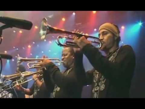 manolito-simonet-y-su-trabuco-llego-la-musica-cubana-en-vivo-fardello1968
