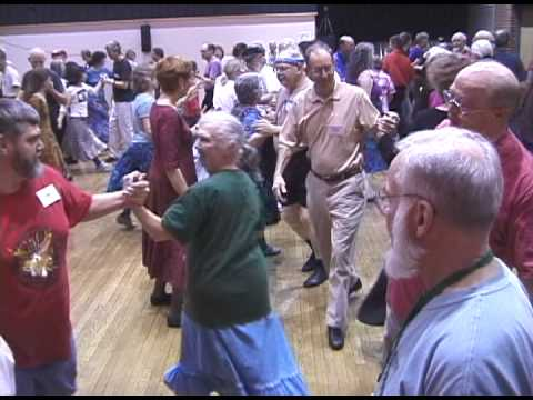 Cracking Chestnuts: Chorus Jig Contra Dance