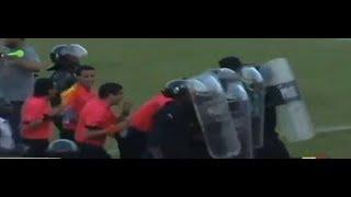 شرطة مالي تنقذ ابراهيم نور الدين من تكرار مأساة الفيصلي بقنابل الغاز