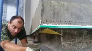 Как правильно устанавливается капельник с сеткой в месте примыкания системы к цоколю