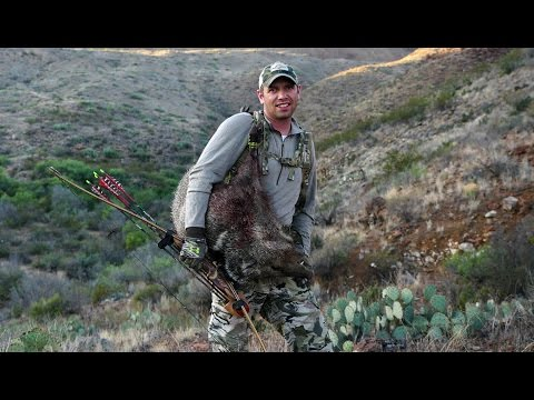 S:7 E:12 Longbow Javelina hunt and Aoudad Sheep with Boyd Burnett of SOLO HNTR