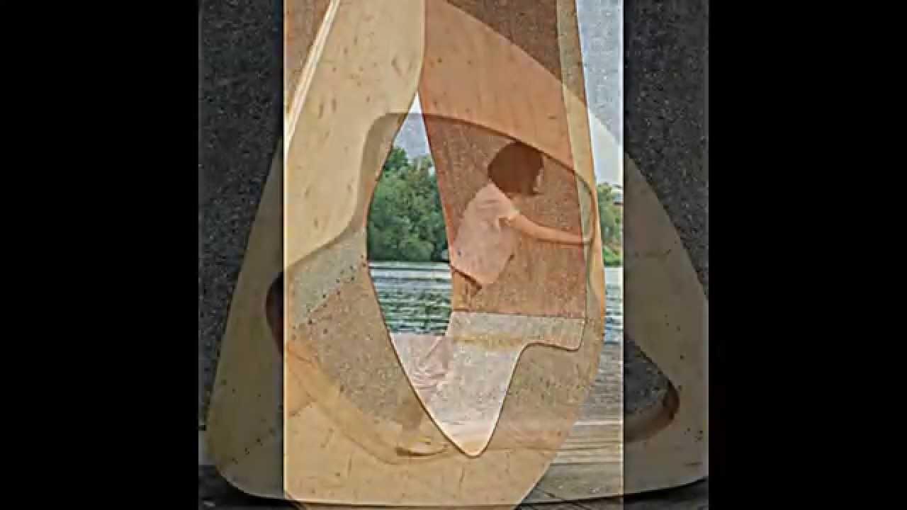 Möbel zur Entspannung -- Ein Holz Dreieck als Stuhl, Bett und ...