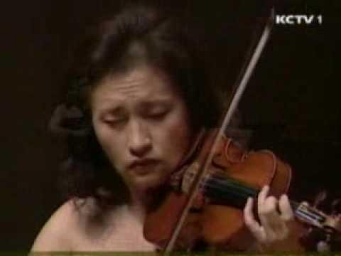 Kyung Wha Chung plays Bach violin sonata No.1 BWV1001 (Fuga)