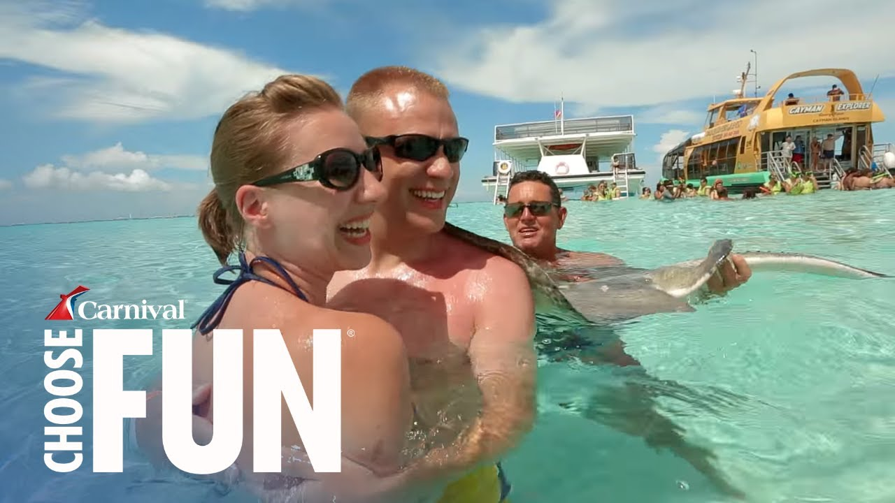 Deluxe Stingray City Sandbar In Grand Cayman Carnival S Excursions Cruise Line You
